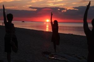 Beach yoga5