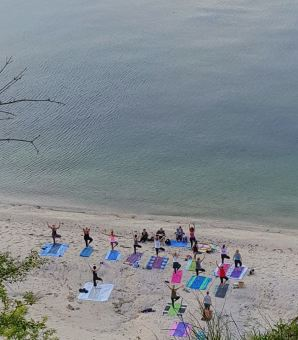 Beach Yoga from above