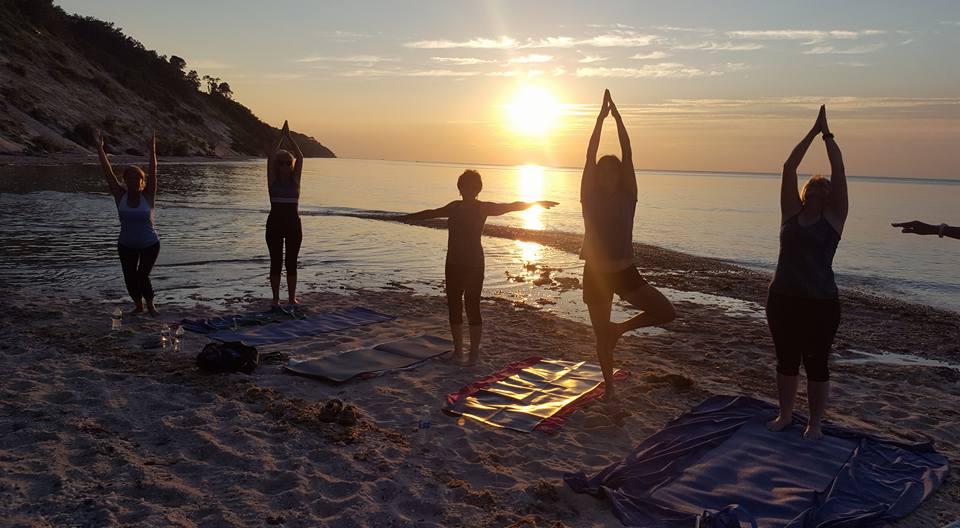 Beach yoga 2017 002